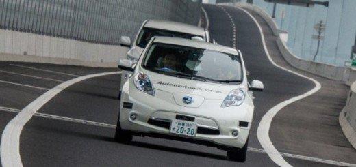 Nissan mette le mani avanti sull'auto a guida autonoma, e sviluppa Piloted Drive 1.0
