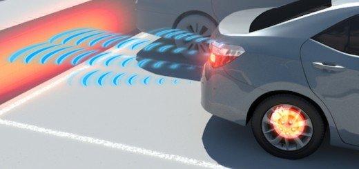 Sensori di parcheggio con frenata automatica, -40% incidenti