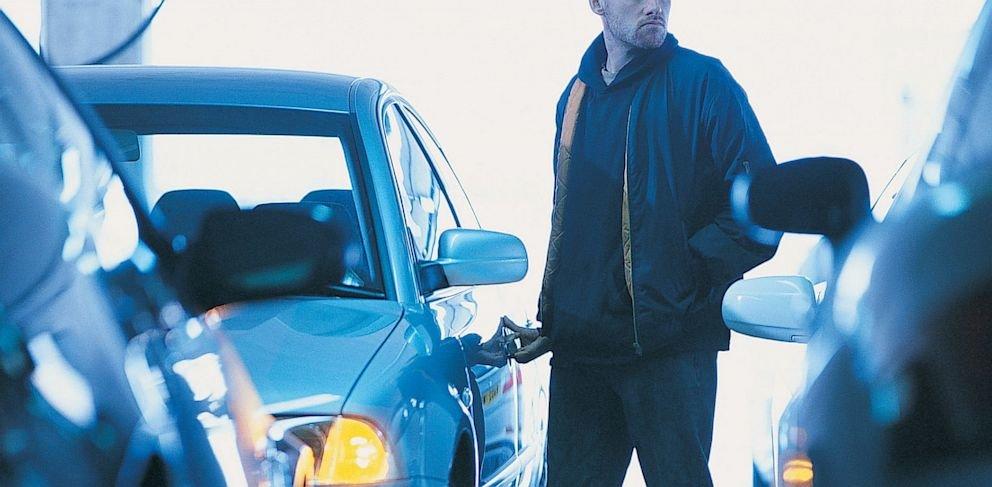 Come cercare di proteggersi al meglio dai furti d'auto